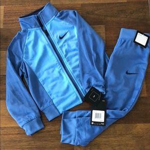 NWT Nike 2-piece Mountain Blue Set